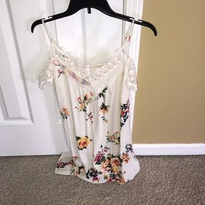 flower and white lace dress